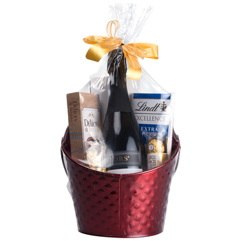 Celebration Hamper Taylors Brut Cuvee 750mL and Chocolates